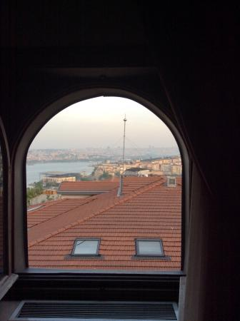 Palazzo Donizetti Hotel: Looking over the city.