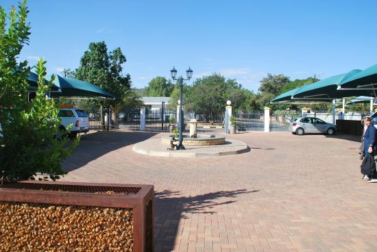 Casa Piccolo: Parkplatz