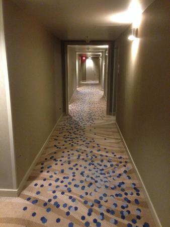Renaissance Long Beach Hotel Hallway