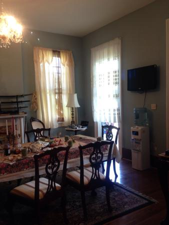 Oakview Bed and Breakfast : Dinning room