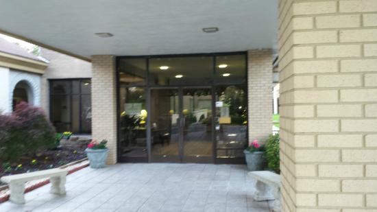 Days Inn Conference Center Southern Pines Pinehurst: Entry