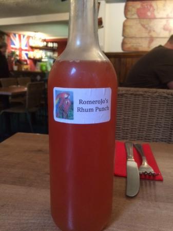 RomeroJo's: Delicious rhum punch