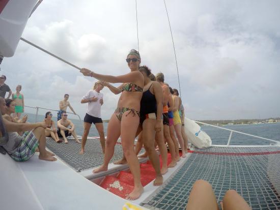 Simpson Bay, St. Martin: Hoist the sails