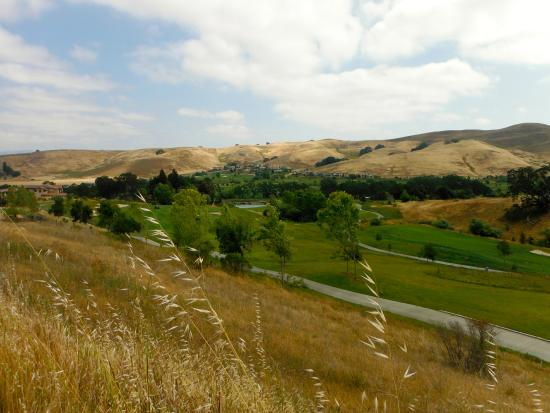 Pleasanton, Kalifornien: Callippe Preserve Golf Course from the trail