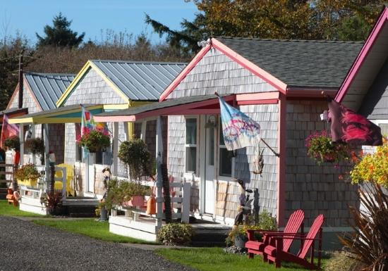 Ocean Spray Beach Resort : Ocean Spray Cottages