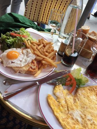 Croque madama et omelette