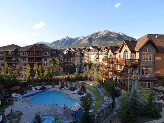Stoneridge Mountain Resort by CLIQUE: 4th floor room view from balcony