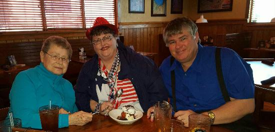 Outback Steakhouse: Celebrating with 2 of my favorite folks.