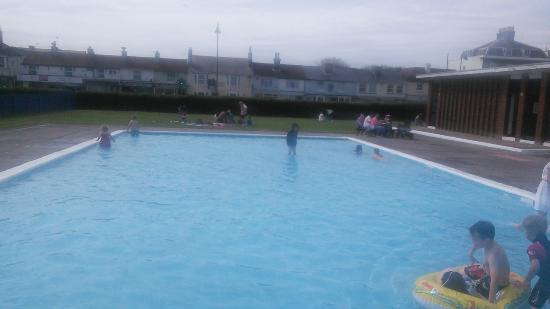 def0b0ecdd1 Walmer Paddling Pool  Paddling pool experience out of the 60s