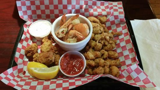 Fords Oyster House and Cajun Kitchen: App Sampler (fried oysters/fried crawfish tails/large spiced peel n eat shrimps)