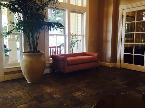 Pacifica Suites Santa Barbara Photo