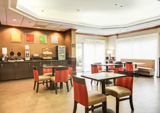 Comfort Inn Blythewood: Breakfast Area