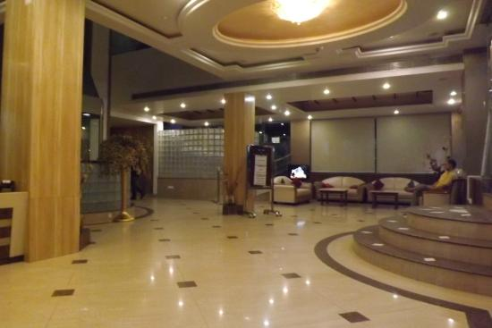 Comfort Inn Alstonia: hotel lobby
