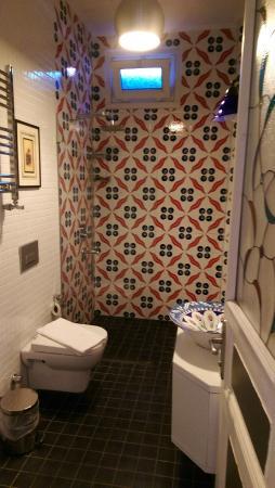 MySuite Istanbul: Bathroom