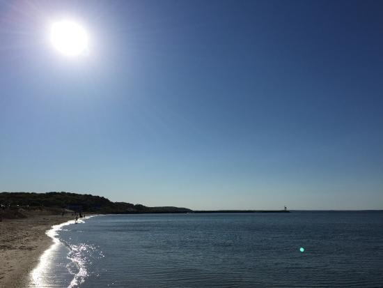 Meschutt Beach