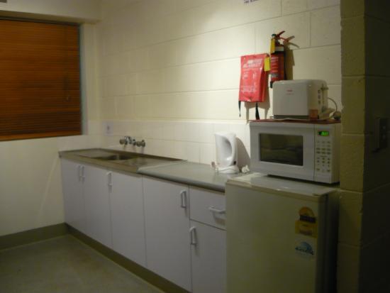 City Park Apartments: Kitchen