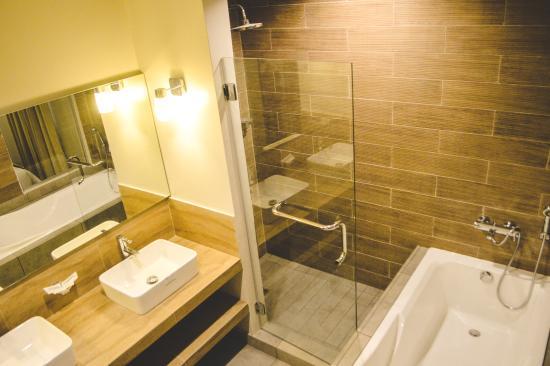 Cebu R Hotel Mabolo Suite Room Price