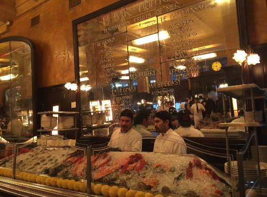 Salad instead of frites; a tasty sacrifice - Foto di Balthazar, New ...