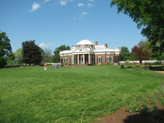 Thomas Jefferson's Monticello: back of the house on the way to the graveyard