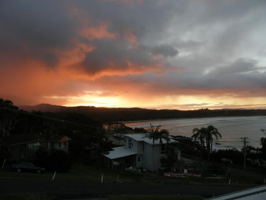 Solitary Islands Lodge: sunset view from the room