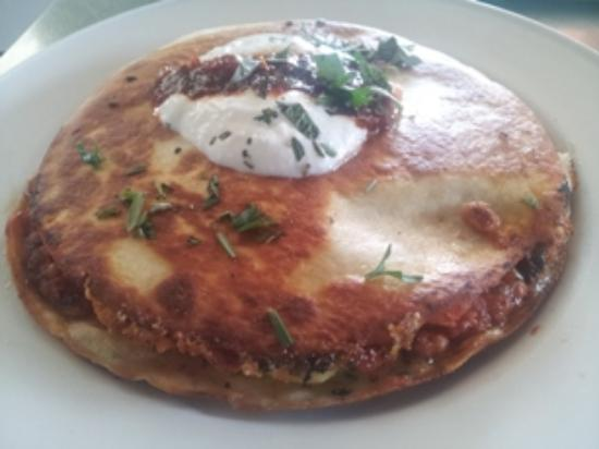 The Ugly Duck Out: tassie's best breakfast quesadilla