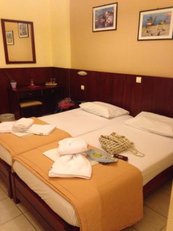 Hotel Glaros : My room