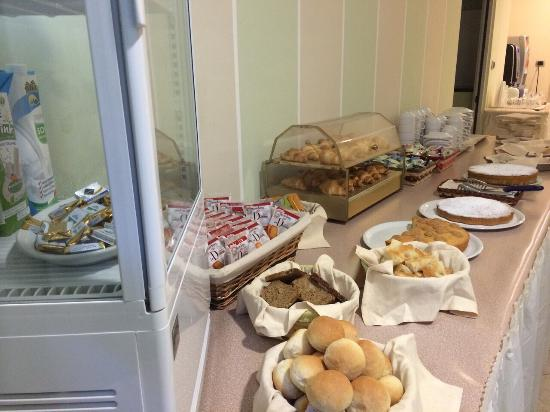 Hotel il Gabbiano La Spezia: Breakfast Time! What a better way to start the day