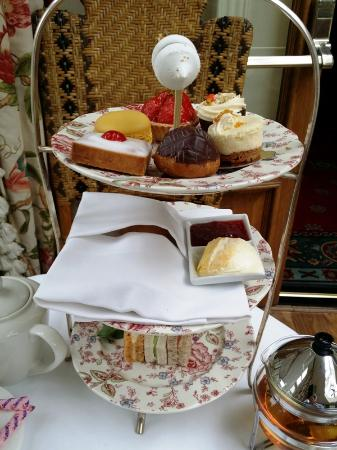 The Conservatory at the Montague : Afternoon Tea