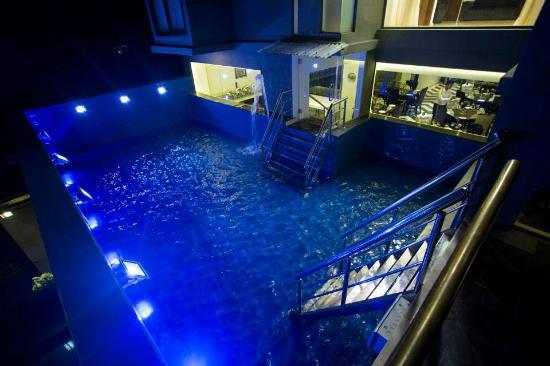 Comfort Inn Dhaka 39 S Swimming Pool Picture Of Comfort Inn Dhaka Uttara Tripadvisor