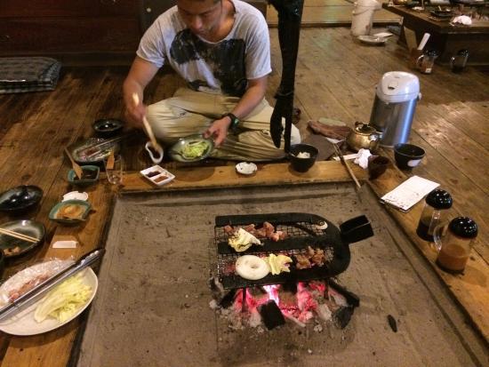 Japanische Kuche Im Iroki Stil Picture Of Kyodo Cuisine Takamori