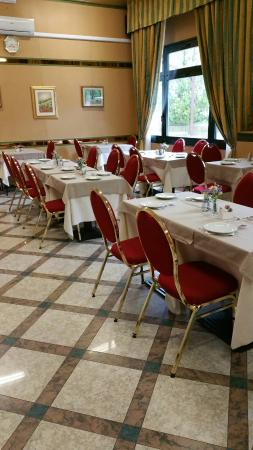 Tole Italy Great 4 Star Hotel In Bologna Outskirts