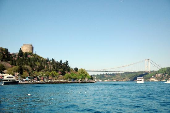 ‪Bosphorus Travel / Istanbul Day Tours‬