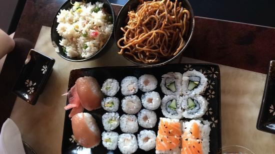sushis et brochette viande et fromage photo de tokyo restaurant japonais aubiere tripadvisor. Black Bedroom Furniture Sets. Home Design Ideas