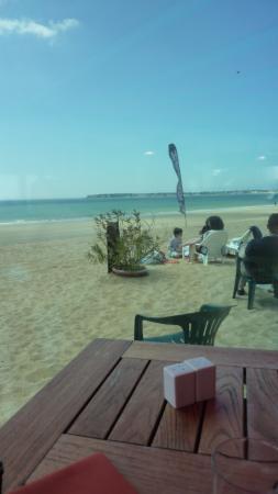 """la plage : Déjeuner """"vue sur mer"""""""