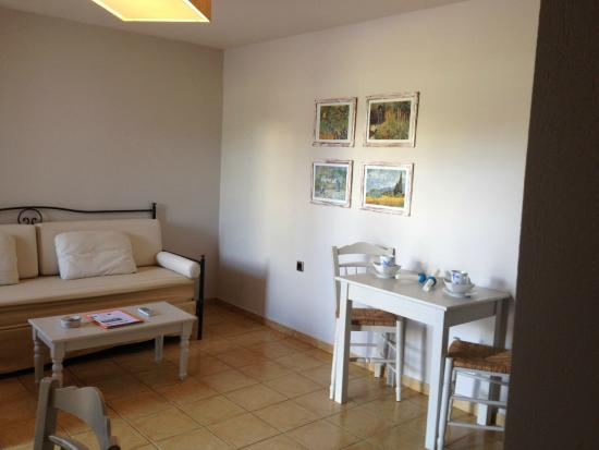 Ammos Naxos Exclusive Apartments: spacious second room