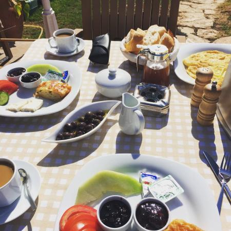 Asena Motel: Yummy breakfast