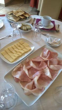 Agriturismo Tenuta di Bellaprima: Zweites Frühstück