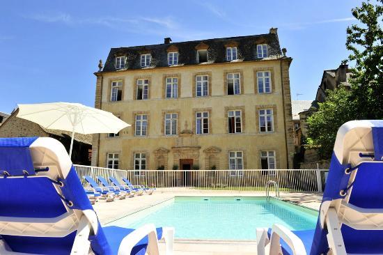Le Chateau Ricard