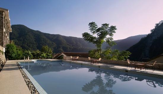 Marchula, Indien: Corbett - Treetop Riverview - Swimming Pool