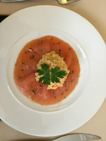 Edwardene Hotel: Scrambled egg and salmon