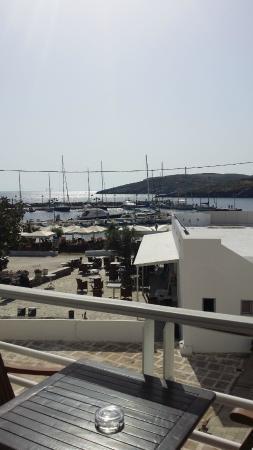 Kythnos Bay Hotel: La vista dal ns balcone