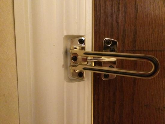 Rockport, ME: non-working security latch