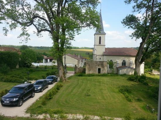 Chateau de Roncourt : Vu de la chambre