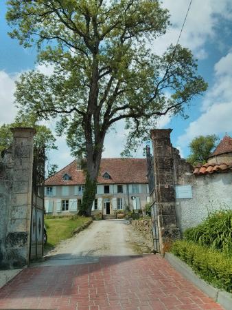 Chateau de Roncourt : En arrivant