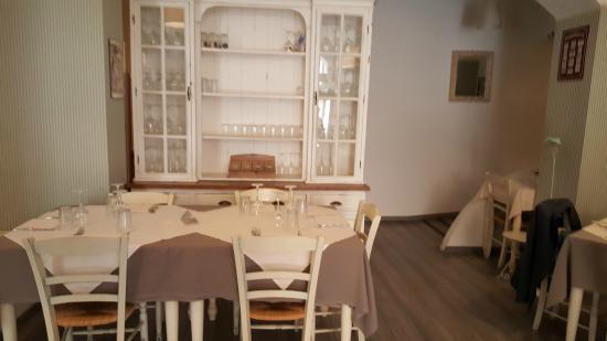 Credenza Per Sala Ristorante : Sala ristorante credenza dei vini foto di il labirinto del gusto