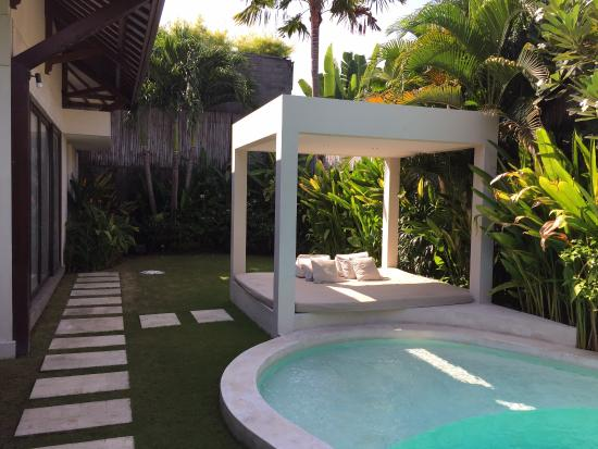 Excellent Villa in Bali ! Two Thumbs Up !!