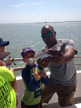 Captain peter dahl fishing on captain murphy 39 s boat he for South padre island fishing trips