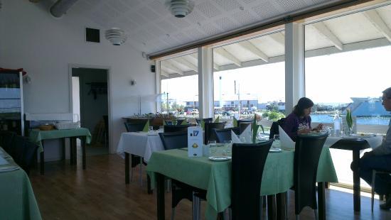 Bro 7 Restaurant