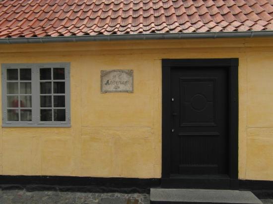 Hans Christian Andersen Museum: Hans Christian Andersen buurt bij museum