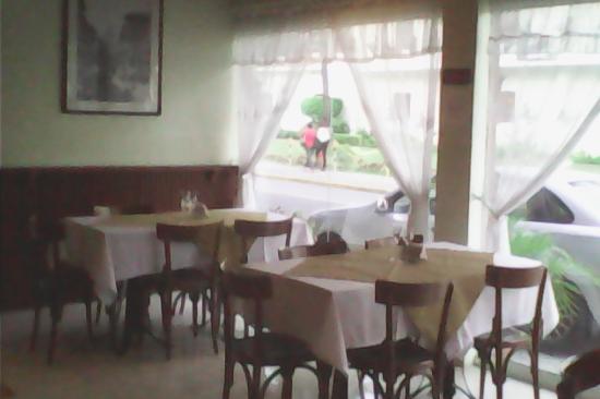 A Tavola dining area